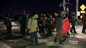 Protesters dismantle railway blockade in Saint-Lambert, Que., urge federal  government to listen
