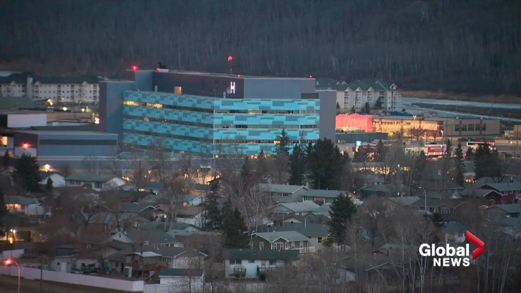 Click to play video: 'Wood Buffalo mayor meets with health officials seeking additional support'