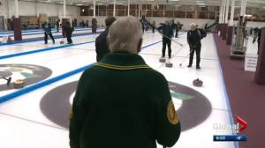 Edmonton curling club has seniors still enjoying throwing rocks