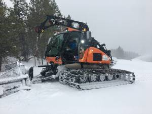 Castle Mountain Resort preparing to welcome skiiers early December with COVID-19 precautions (01:48)