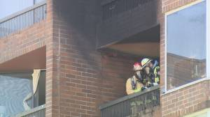 Man dies in downtown Vancouver high-rise fire (01:57)