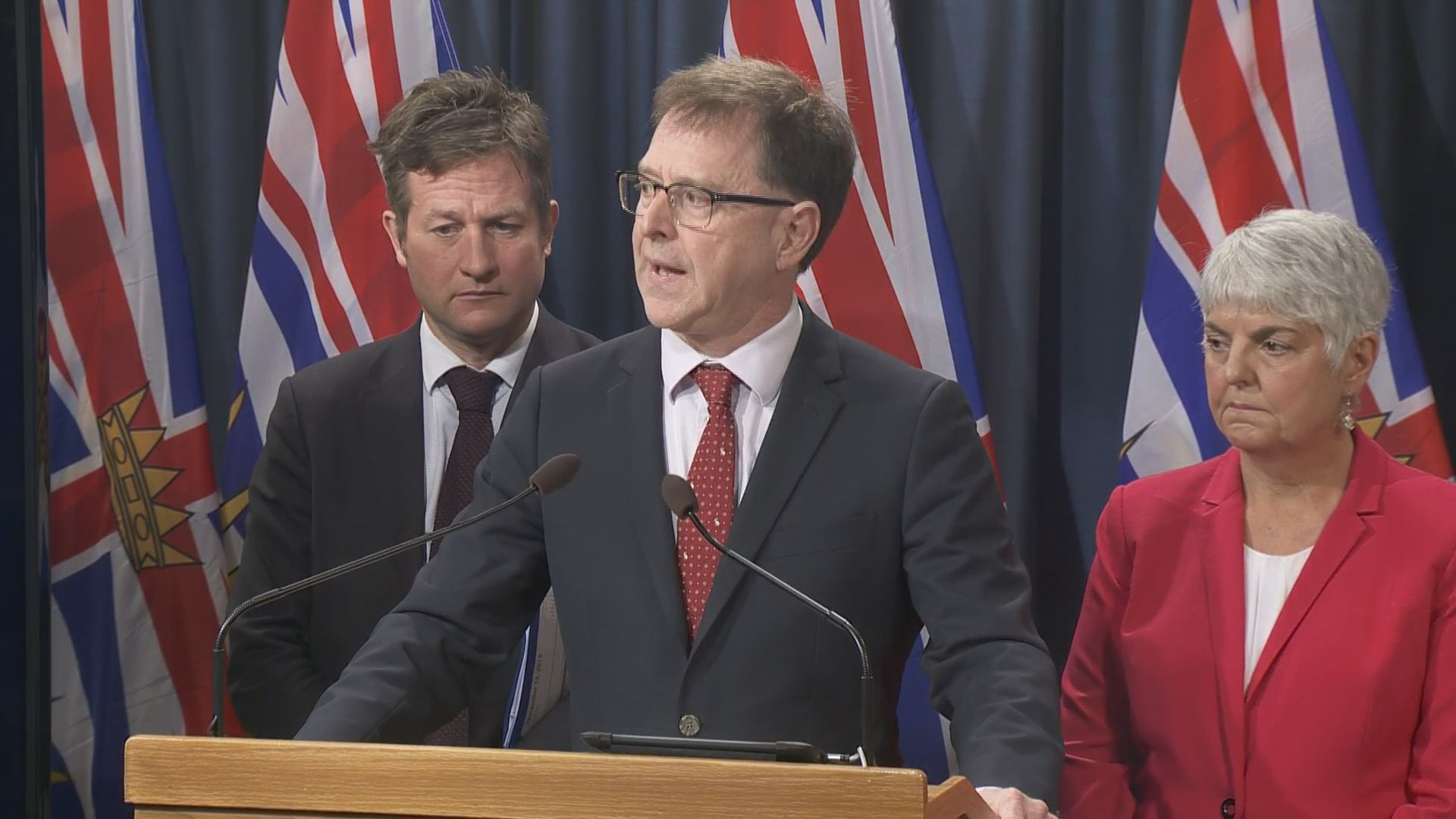 B.C. government announces major plan to crackdown on youth vaping