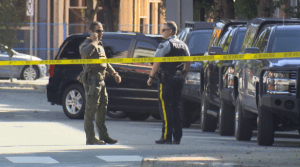 Downtown Chilliwack closed by standoff (01:56)