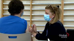 Quebec clarifies who is eligible for vaccination in the current priority groups (02:07)