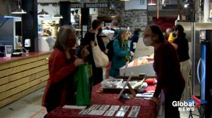 Nova Scotia farmers' market 'food bucks' program expanding (02:01)