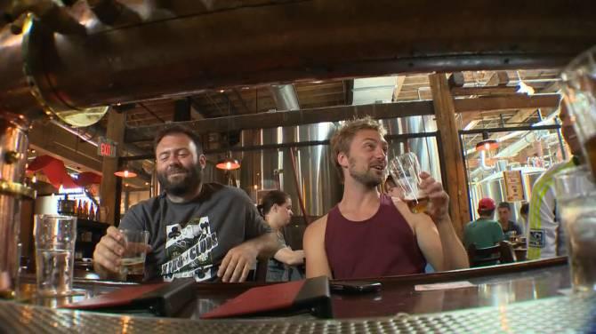 Bars and restaurants give Sask. 'C-' for liquor policies