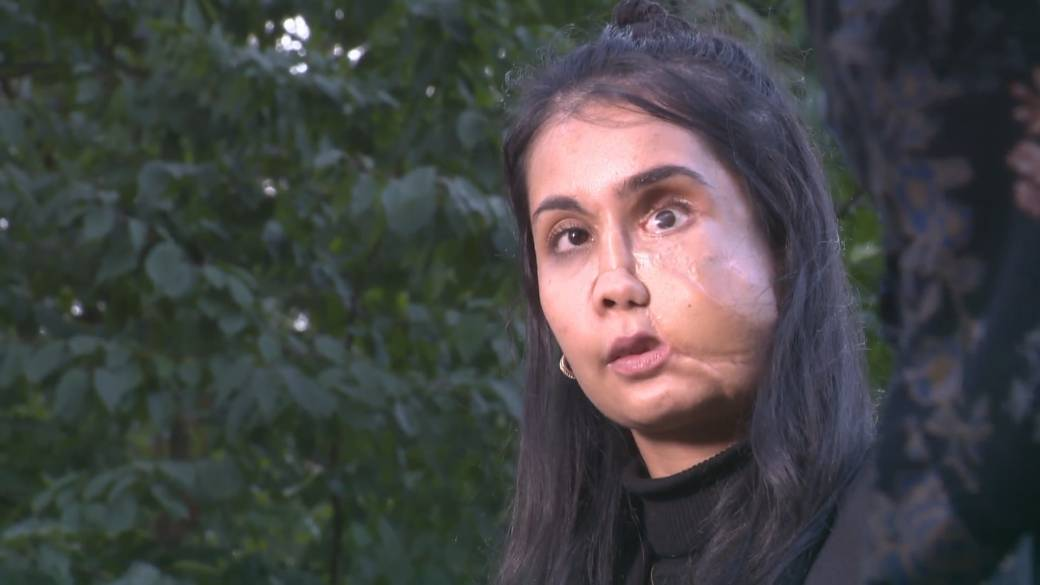Click to play video: 'Young Afghan refugee fears for family after Taliban takeover'