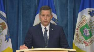 Winnipeg mayor calls for 'significant fines' for organizers of protests violating public health orders (00:46)