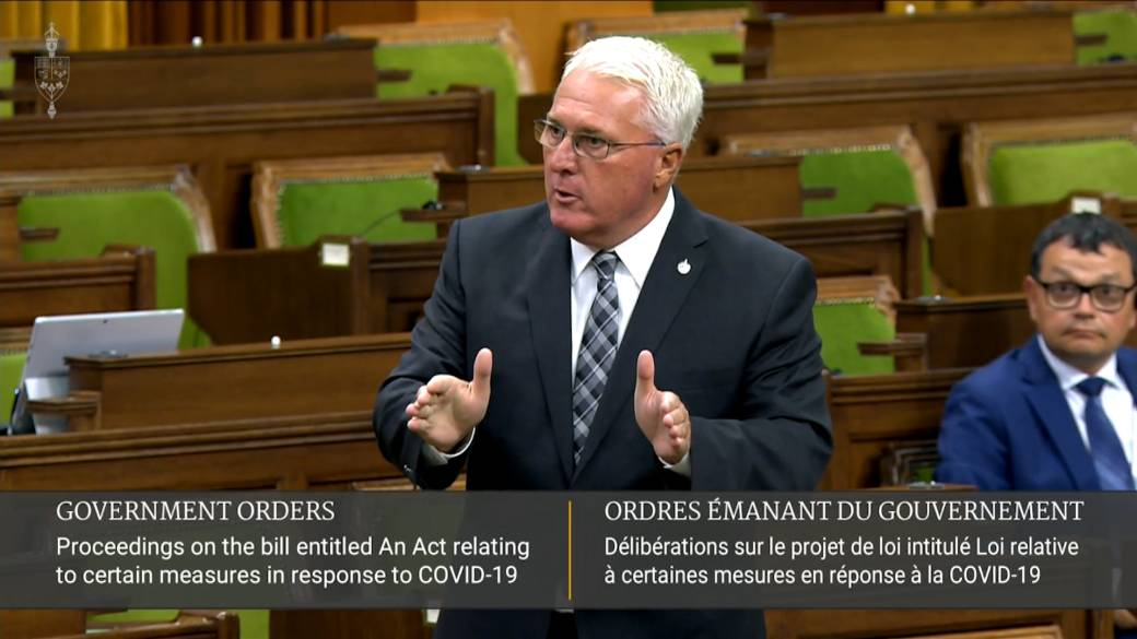 Click to play video 'Coronavirus: Conservative MP says Liberals prorogued government to put themselves in 'angelic position' to pass Bill C-2'