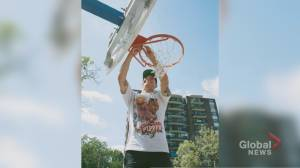 One-man team on a mission to re-mesh basketball nets (04:09)