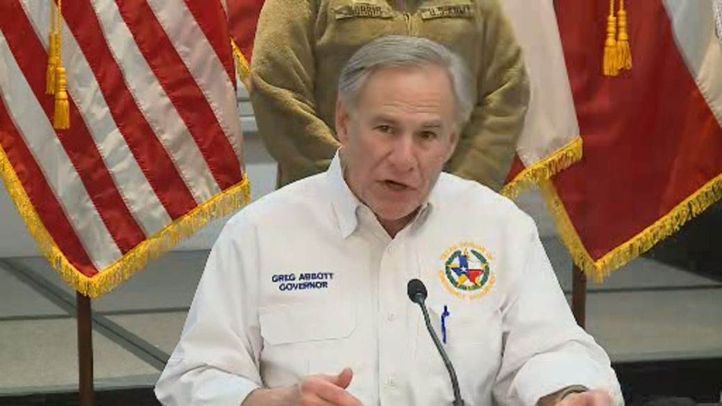 Click to play video 'Texas storm: Governor says Biden to approve major disaster declaration'
