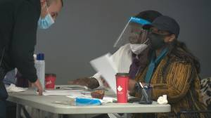 COVID-19: Vaccine clinics, pharmacies in Edmonton work to keep up with sudden demand (02:01)