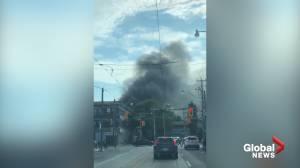 Massive fire destroys 3 downtown Toronto homes (00:41)