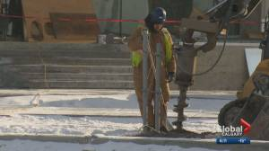 'It's pretty nasty': Calgarians working outside prepare to shiver through cold snap