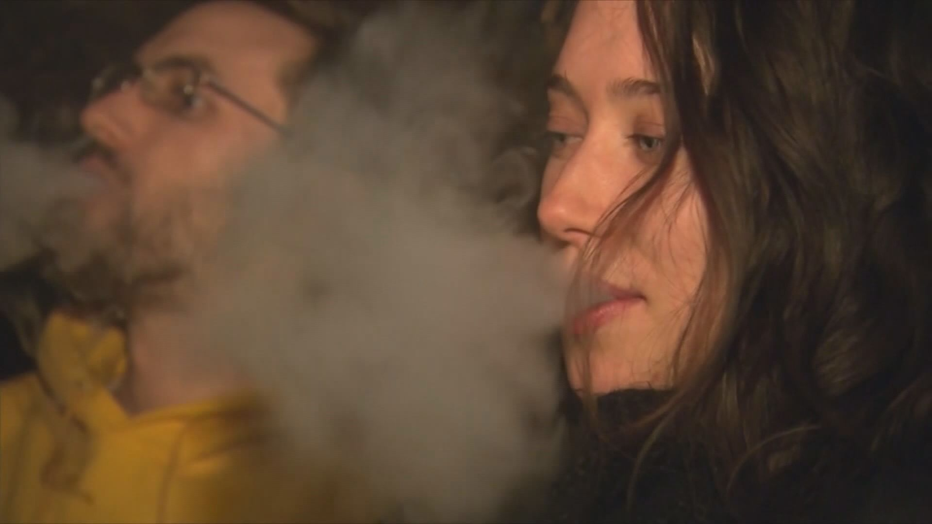 Vaping lung disease symptoms: Here's what the CDC says to watch out for