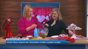 Anna Olson shares her chocolate crinkle cookies recipe (02:41)