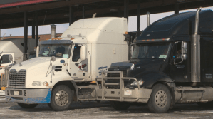 Long-haul truckers continue to face difficulties amid COVID-19 crisis