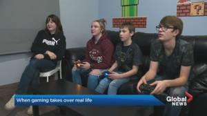 How parents can tackle amount of time teens play video games