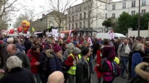 Some Paris workers end strike action but protests still continue for others