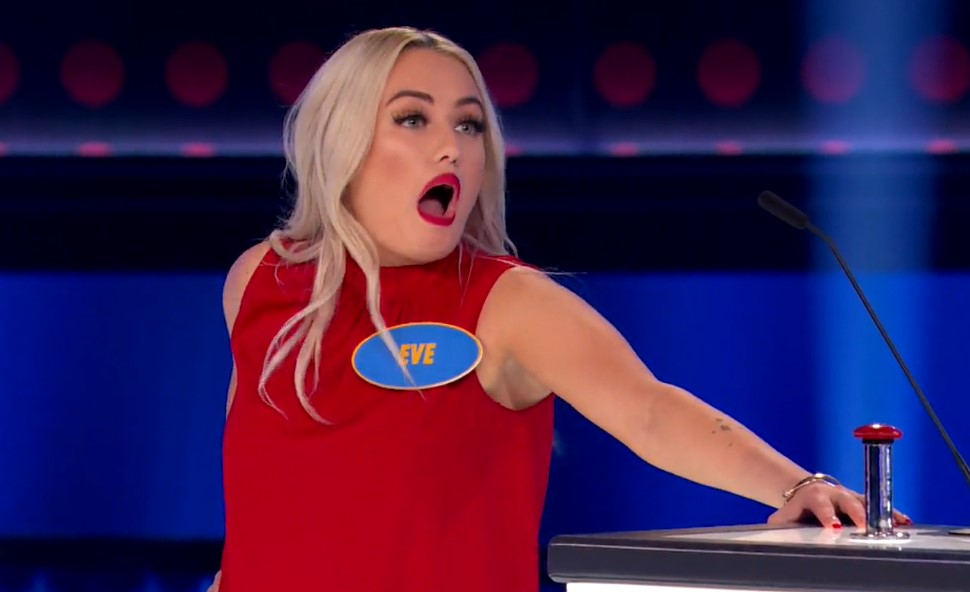 Click to play video 'Lorette, Man., family's 'chicken' answer on Family Feud goes viral'