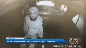 Video shows suspect pull out gun in back of Toronto police cruiser
