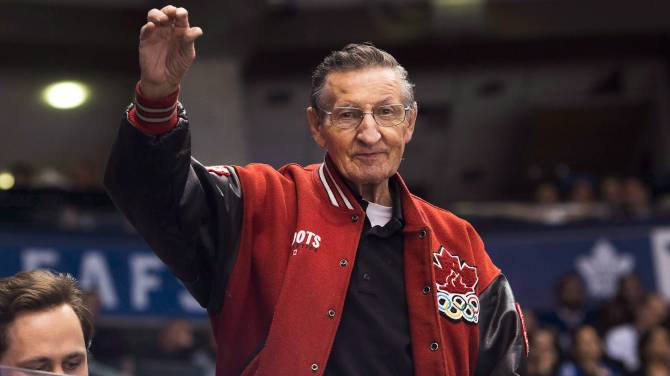 Click to play video: Walter Gretzky, father of hockey legend Wayne Gretzky, dies at 82