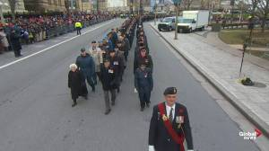 Remembrance Day: national ceremony begins with veterans parade