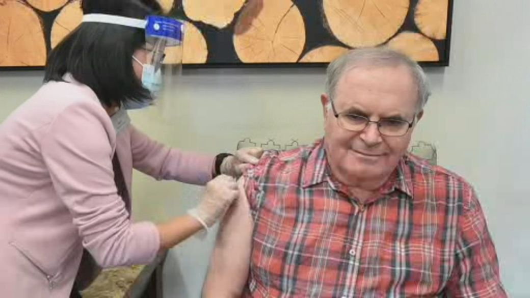 Click to play video: 'If you've received one vaccine dose, what are you allowed to do?'