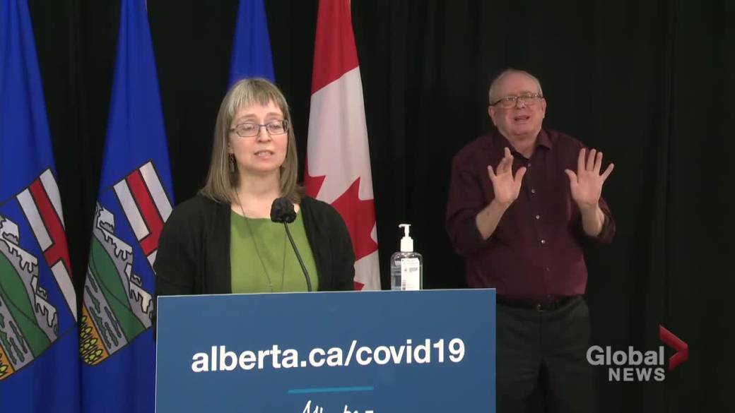 Click to play video 'Hinshaw details efforts to curb COVID-19 outbreak at Olymel Red Deer pork plant'