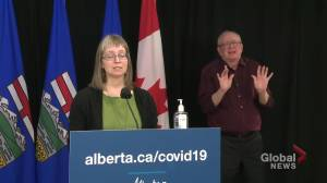 Hinshaw details efforts to curb COVID-19 outbreak at Olymel Red Deer pork plant (01:44)