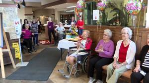 Winnipeg woman celebrates 100th birthday with family singing from distance amid COVID-19