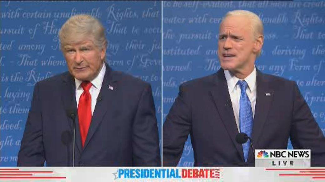 Click to play video 'SNL cold open spoofs final U.S. presidential debate between Trump, Biden'