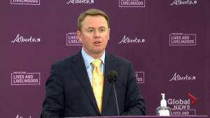 Alberta doesn't relax COVID-19 restrictions amid rise in hospitalizations (01:01)