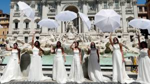Coronavirus: Brides in Italy stage protest against postponements of their weddings