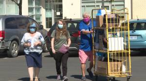 Move in day for students at St. Lawrence College's Kingston campus (01:46)