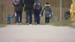 Growing concerns about in-class learning as COVID-19 infections close schools across Ontario (02:40)