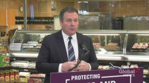 Premier Kenney announces one-time $1,200 critical worker benefit for Albertans (04:10)