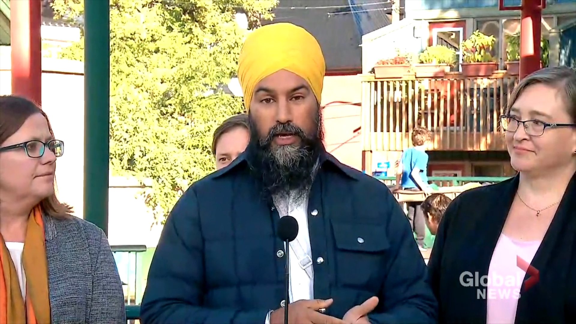 Federal Election 2019: Part of balancing federal budget is not giving away 'billions of dollars to wealthy corporations,' says Singh