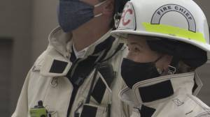 More calls to vaccinate firefighters and police in B.C. (01:54)