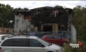 Edmonton teen hailed as a hero for helping her family flee burning home (01:33)