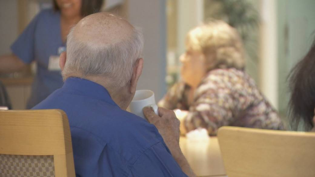 Click to play video 'Easing visitor restrictions in B.C. long-term care homes'