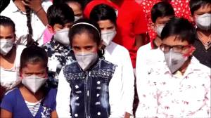 Indian students protest against ongoing pollution in New Delhi