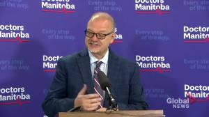 COVID-19: Manitoba funds $14-million vaccine campaign to boost inoculations (01:37)