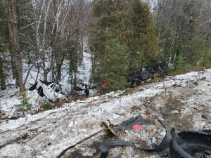 1 dead, 1 airlifted following 4-vehicle collision on Hwy. 118 in Algonquin Highlands
