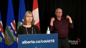 Hinshaw responds to photos showing Kenney and cabinet members dining on balcony (01:54)