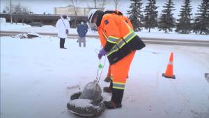 Researchers monitoring wastewater for COVID-19 at Edmonton long-term care facilities (00:48)