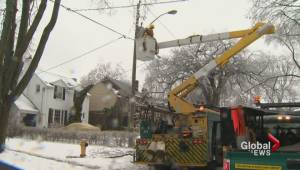 Toronto Hydro workers vote in favour of strike as talks continue