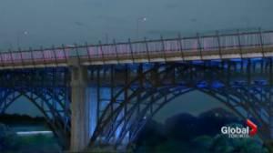 Lighting up the Bloor viaduct