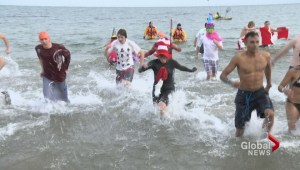 Hundreds take a chilly dip in Oakville
