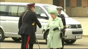Queen Elizabeth pays respects to murdered soldier